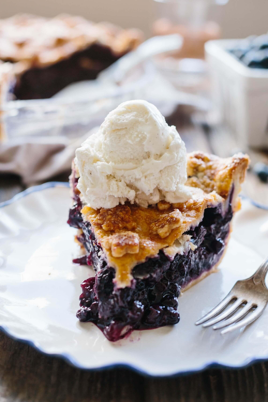 10.Classic Blueberry Pie
