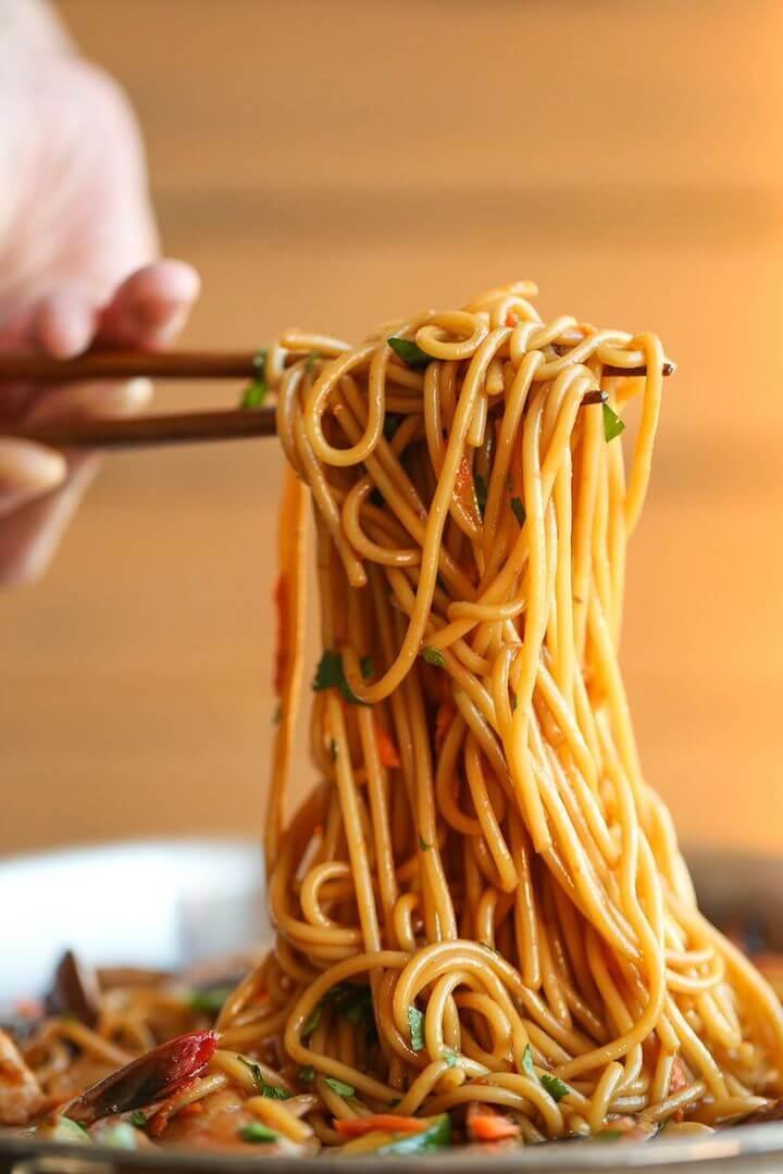 11. Asian Garlic Noodle Bowl