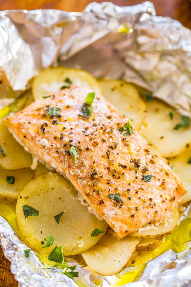 13.Easy Salmon and Potato Foil Packets