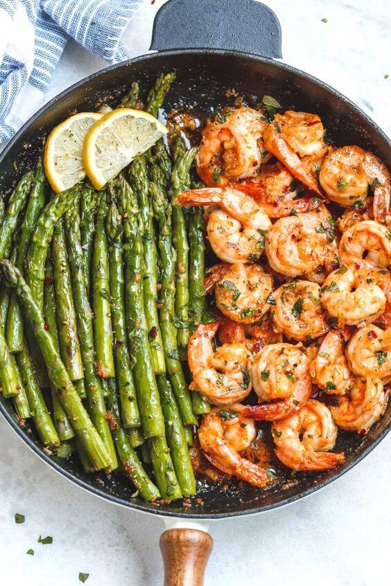 14. Skillet Lemon Garlic Butter Shrimp with Asparagus