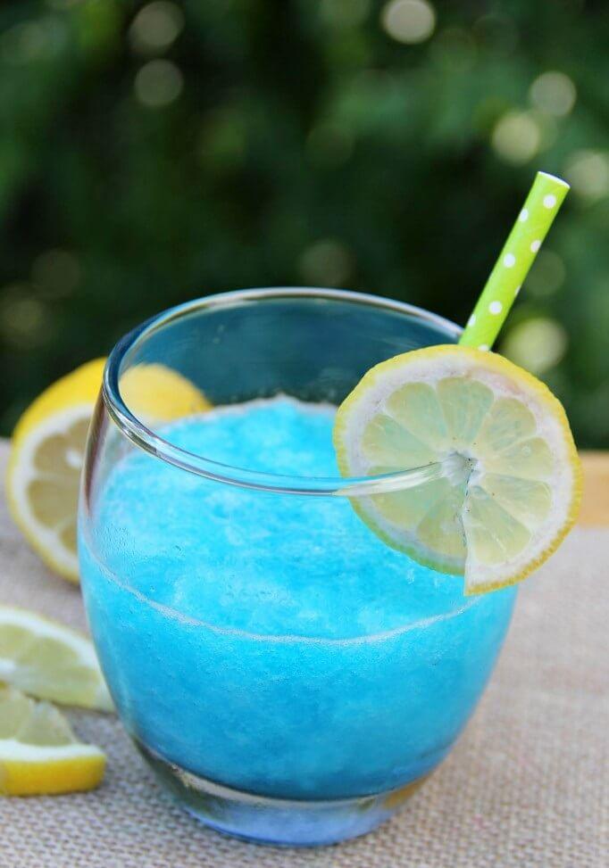 15.Blue Raspberry Lemonade Jello Slush