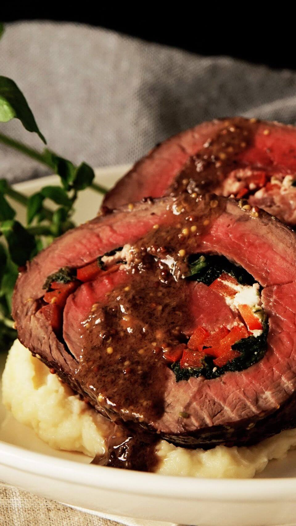 18.Rolled Roast Beef with Herb Butter