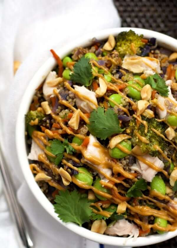 19. One Pot Thai Quinoa Bowl