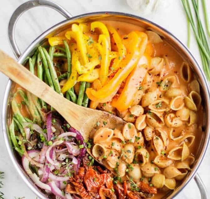 2. Vegan One Pot Pasta With Creamy Sauce