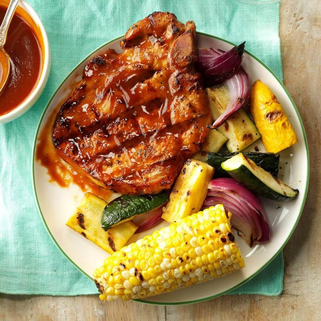 20.Grilled Pork Chops with Smokin' Sauce