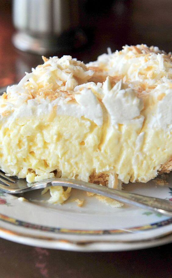 21.Old-Fashioned Coconut Cream Pie