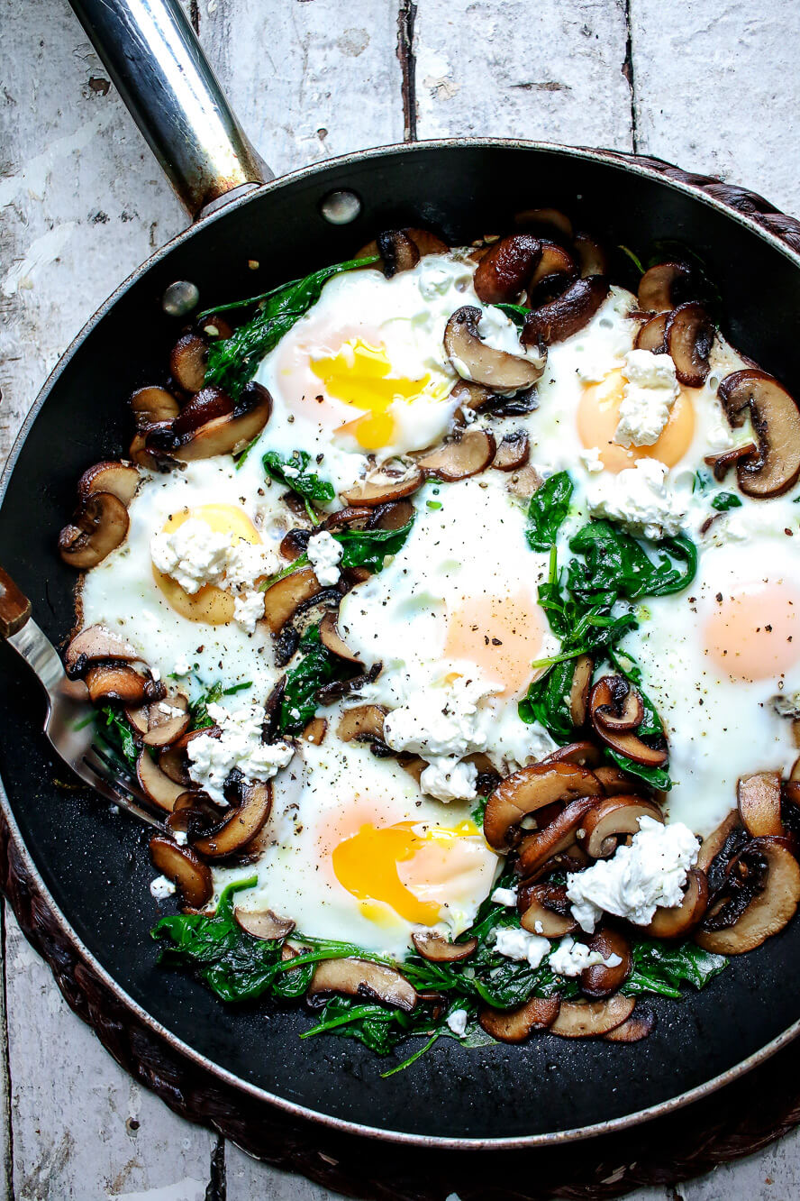 8. Breakfast Skillet with Spinach Mushrooms and Goat Cheese