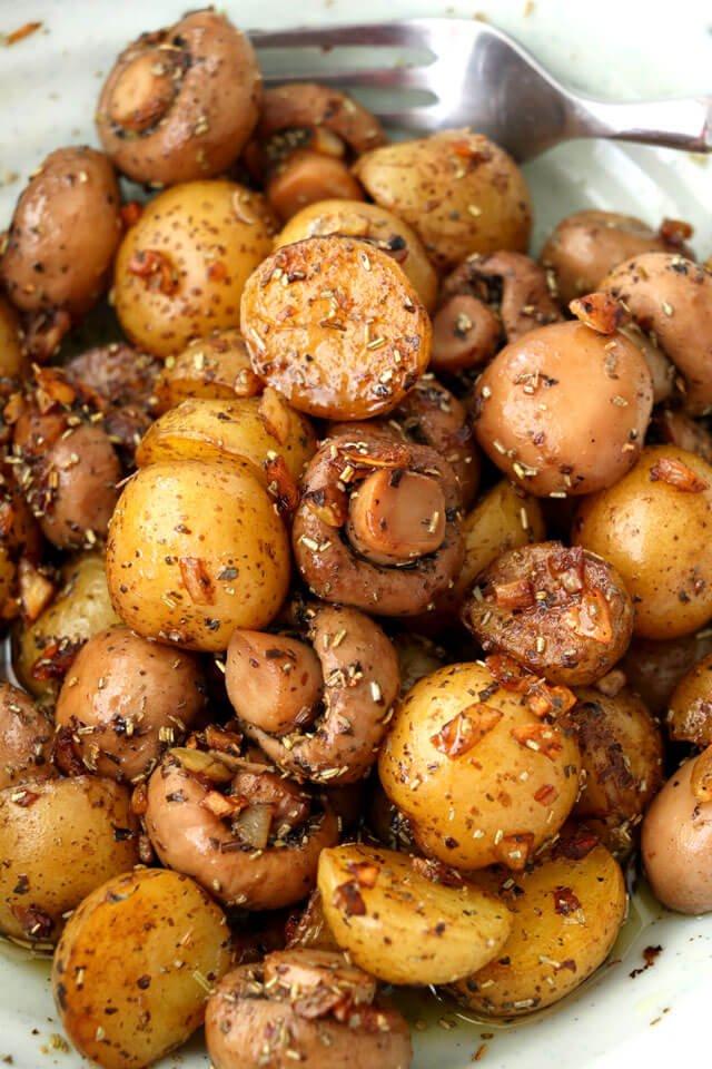 1. Pan-Roasted Garlic Mushroom and Baby Potatoes