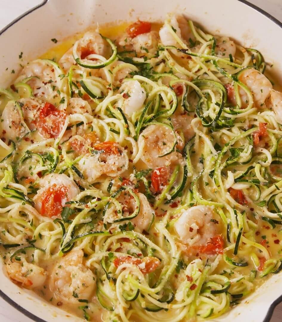 14. Garlicky Shrimp Zucchini Pasta