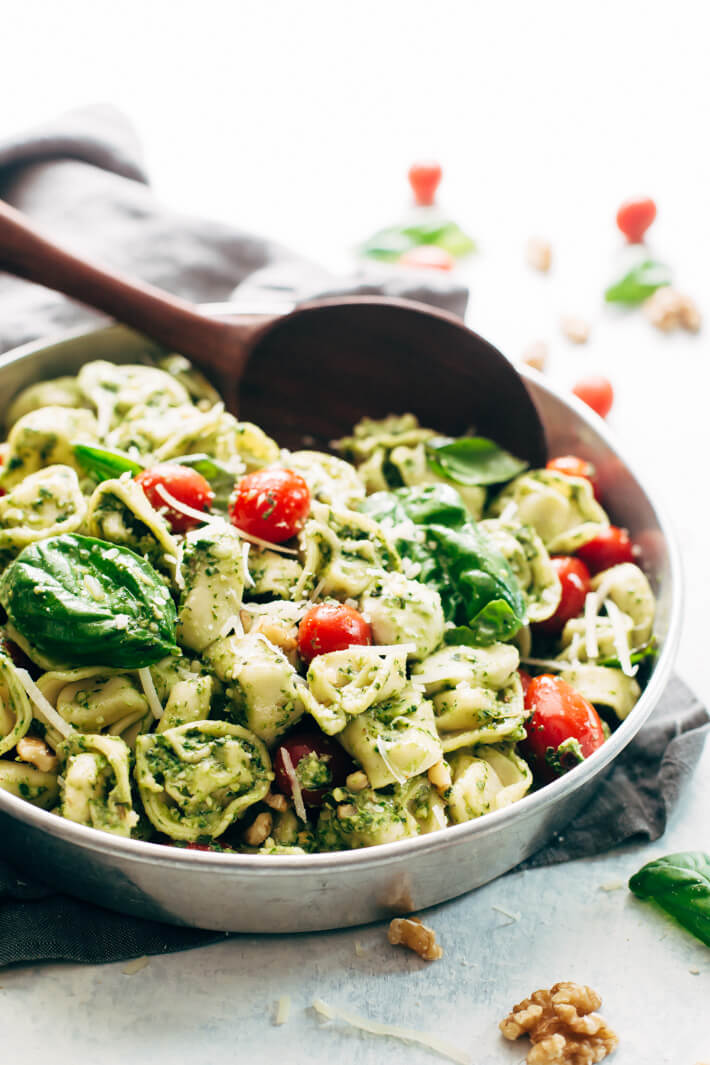 #2 15 Minute Spinach Pesto Tortellini Salad