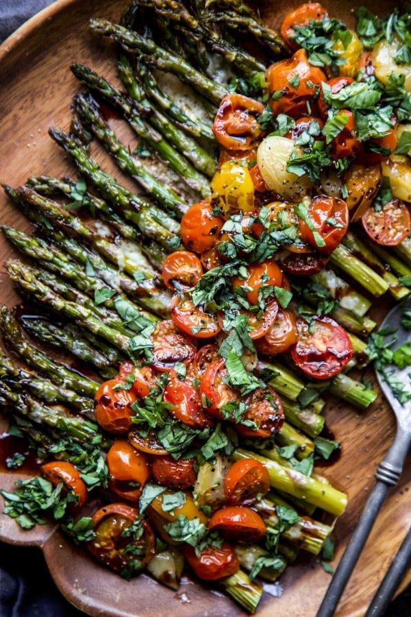 21. Caprese Roasted Asparagus-min