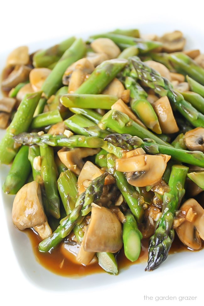 22. Asparagus and Mushroom Stir-Fry-min