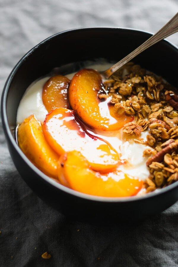 10 Peach Crisp Yogurt Bowls