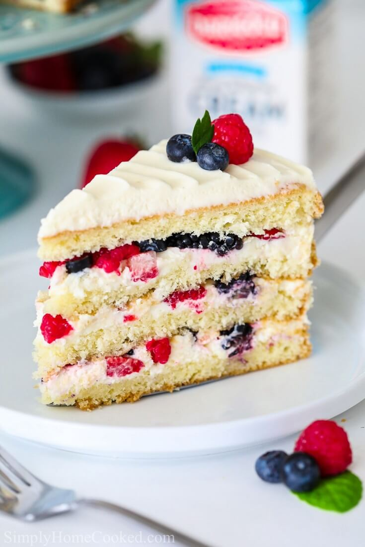 22 Berry Chantilly Cake