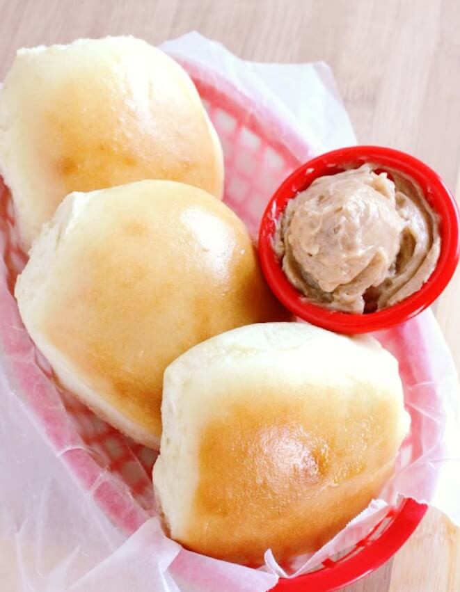 3 Copycat Texas Roadhouse Rolls and Cinnamon Butter