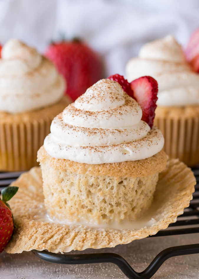 5 Tres Leches Cupcakes