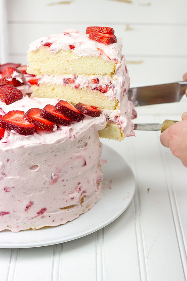 6 Fresh Strawberry Cake