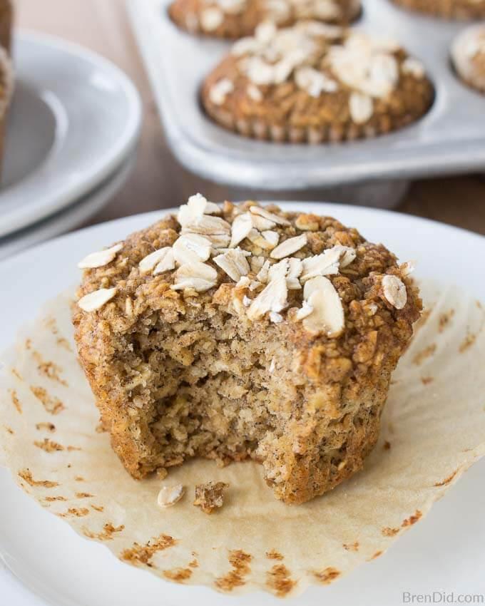6 Healthy Oatmeal Muffins