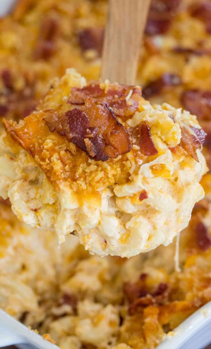 8 Mac and Cheese Casserole