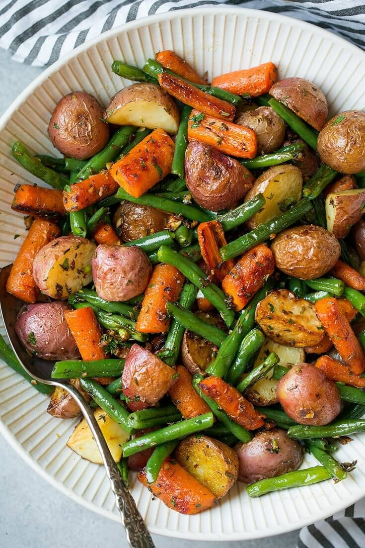9 Garlic Herb Roasted Potatoes Carrots and Green Beans